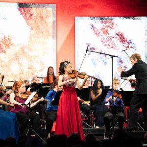 Mozart Violinkonzert Nr. 5 KV 219 unter der Leitung von Marin Alsop